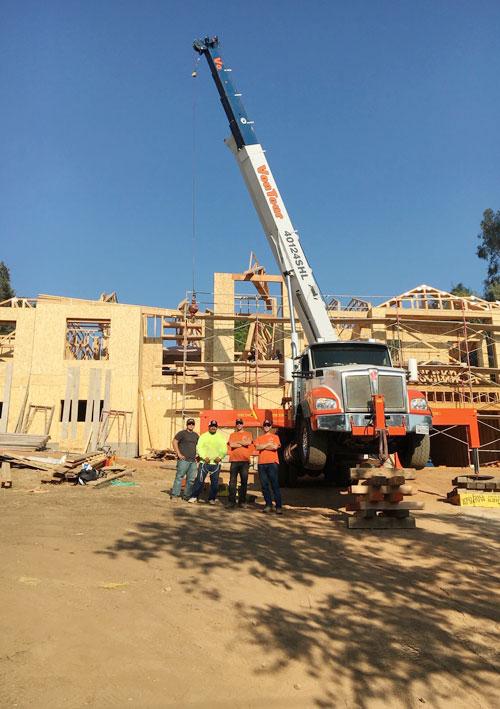 VonTour Crane & Rigging, Inc 40 Ton 124′ Boom 31′ Jib